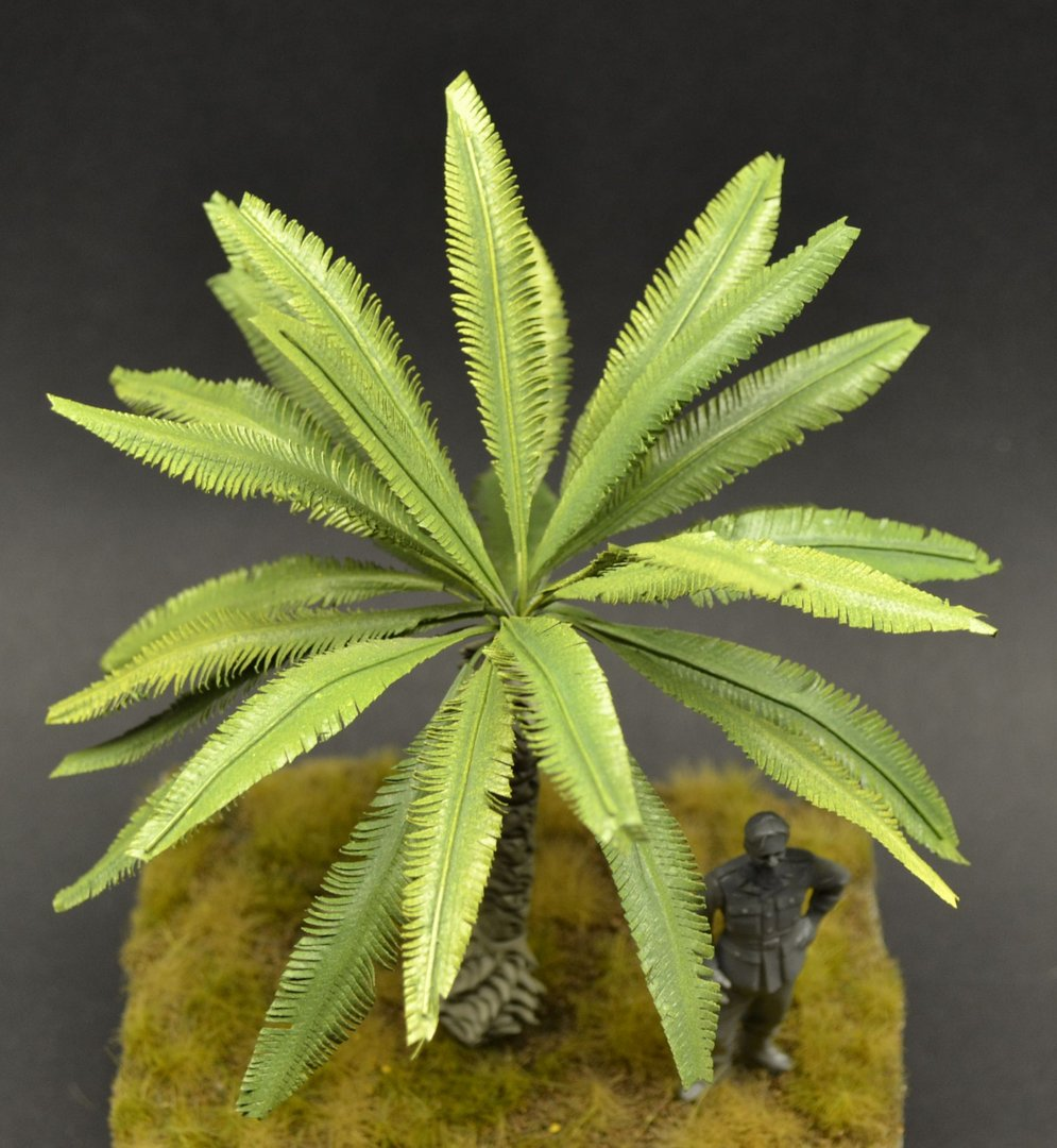 Medium Size Palm Tree - 14cm